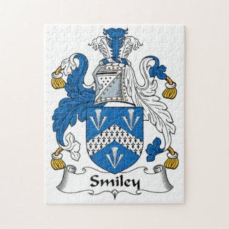 Escudo sonriente de la familia rompecabezas