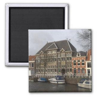 Escuela anterior de Damiate, Haarlem Imán Cuadrado