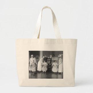 Escuela de enfermería, 1900s tempranos bolsa tela grande