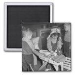 Escuela de enfermería: los años 40 imán para frigorífico