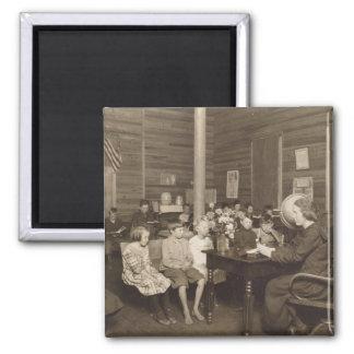 Escuela de Lewis Hine, 1921 Imán Cuadrado