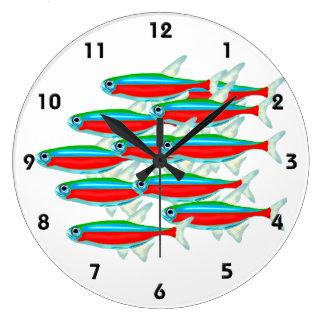 Escuela de los tetra pescados de neón reloj redondo grande