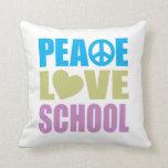 Escuela del amor de la paz almohadas