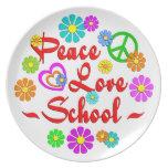 Escuela del amor de la paz platos