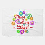 Escuela del amor de la paz toalla de mano