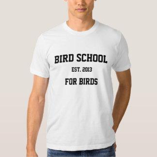 Escuela del pájaro, que está para los pájaros remera