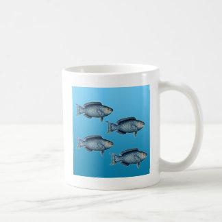 Escuela del pez papagayo azul taza de café