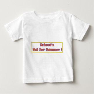 Escuela hacia fuera para el verano playera de bebé