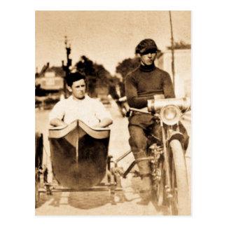 Escuela vieja de la motocicleta del vintage y del tarjeta postal