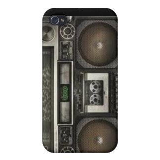 Escuela vieja del equipo estéreo portátil iPhone 4 carcasas
