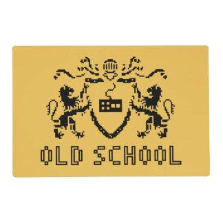Escuela vieja heráldica Placemat del pixel Tapete Individual