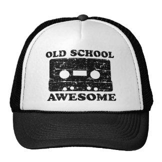 Escuela vieja impresionante gorras
