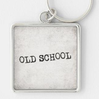 Escuela vieja llavero cuadrado plateado
