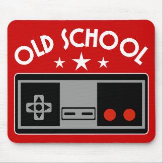 Escuela vieja mousepads