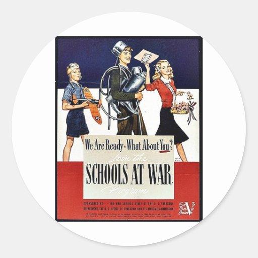 Escuelas en la guerra pegatina redonda