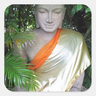 Escultura budista en el jardín Camboya Pegatina Cuadrada