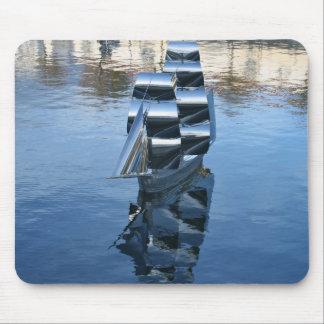 Escultura de acero de un cojín de ratón del barco  tapete de ratón