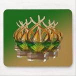 Escultura de cristal en los verdes y los marrones  tapete de raton