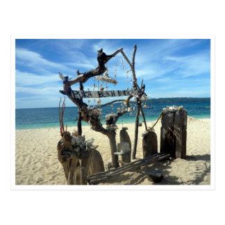escultura de la playa del puka tarjeta postal