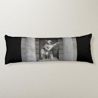 Escultura de rogación del ángel cojin cama