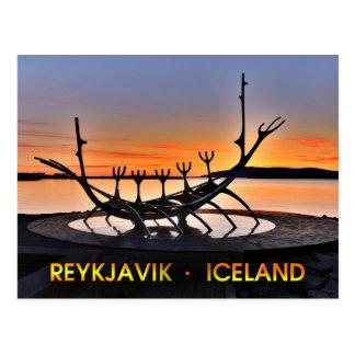 Escultura icónica de Reykjavík, Islandia Tarjetas Postales