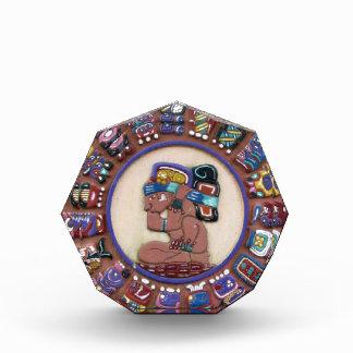 Escultura maya del zodiaco