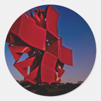 Escultura moderna etiqueta redonda