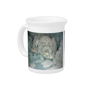 Esculturas de hielo hermosas jarras para bebida