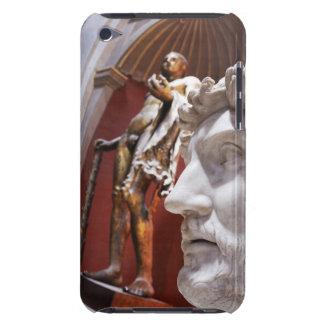 Esculturas dentro del museo de Vatican, Ciudad del iPod Case-Mate Carcasas