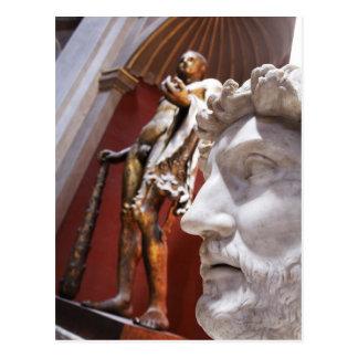 Esculturas dentro del museo de Vatican, Ciudad del Tarjeta Postal