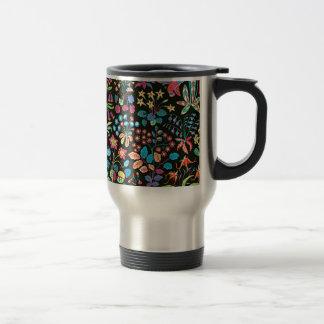 escuro floral del fundo del em del padrão taza
