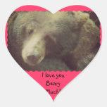 Esencial del oso pegatina en forma de corazón