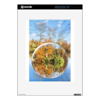 Esfera de cristal con la reflexión de la calcomanía para iPad