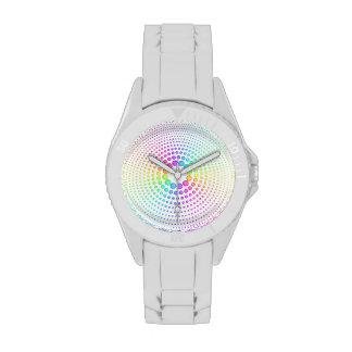 Esferas del arco iris en blanco reloj de mano