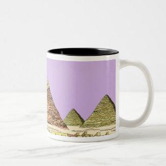 Esfinge y una pirámide tazas de café