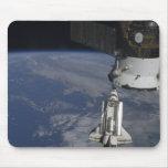 Esfuerzo 2 del transbordador espacial mousepads