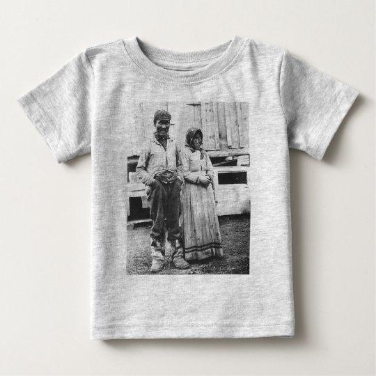 eskimo couple baby T-Shirt
