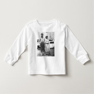 eskimo couple toddler t-shirt