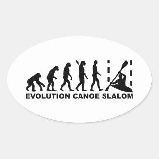 Eslalom de la canoa de la evolución pegatina ovalada