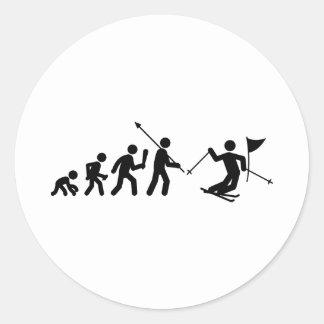 Eslalom del esquí etiqueta redonda