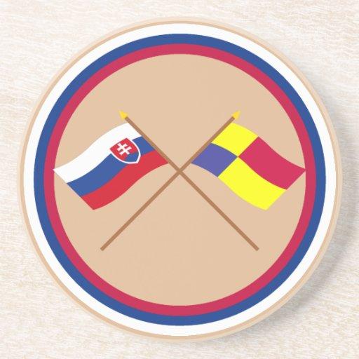 Eslovaquia y banderas cruzadas Kosice Posavasos Diseño