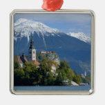 Eslovenia, sangrada, lago sangrado, isla sangrada, adorno navideño cuadrado de metal