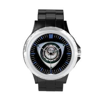Esmalte negro, diamante artificial, reloj del