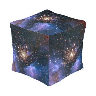 Espacio de la astronomía del cúmulo de estrellas puff cuadrado