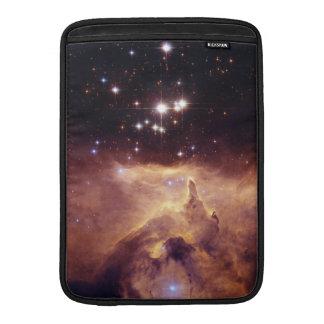 Espacio de Pismis 24 del cúmulo de estrellas Funda Macbook Air