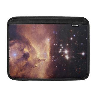 Espacio de Pismis 24 del cúmulo de estrellas Fundas Para Macbook Air