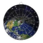 espacio del globo de la tierra del REALISMO de Tabla Dardos