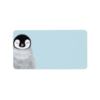 Espacio en blanco del polluelo del pingüino del etiquetas de dirección