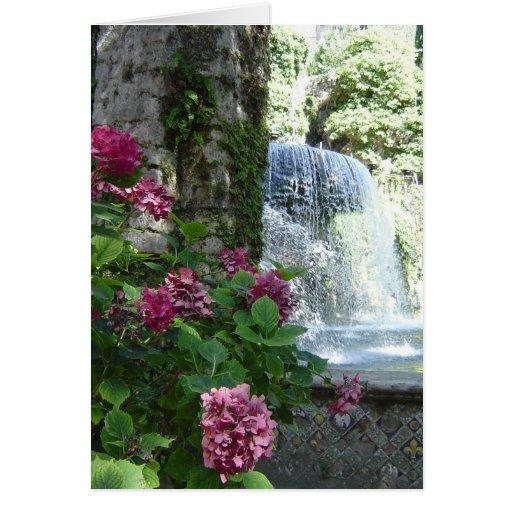 Espacio en blanco floral de la cascada toda la tar tarjeton