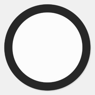 Espacio en blanco negro sólido de la frontera pegatina redonda